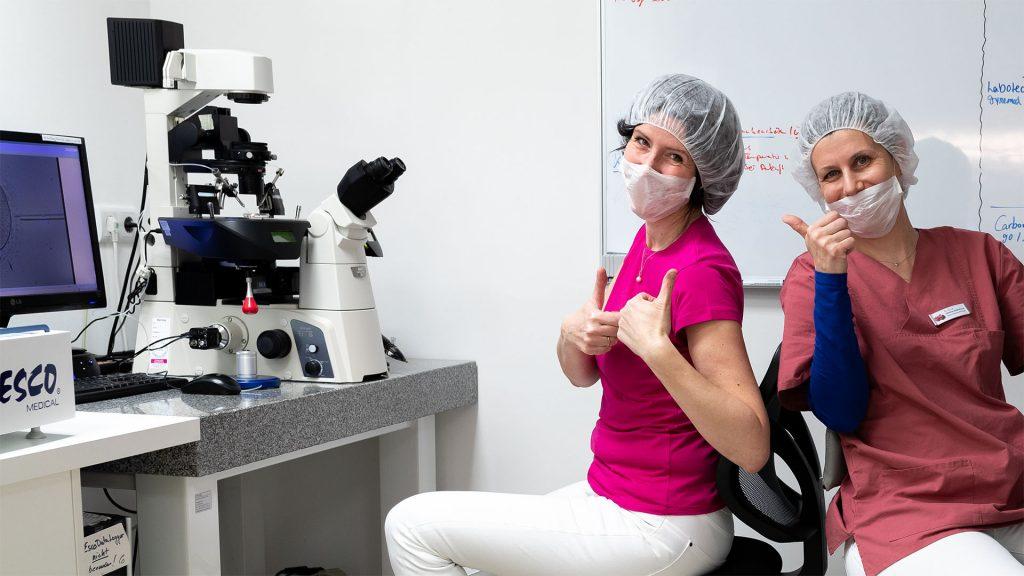 Biologinnen Fr.Dr .Leidenfrost, Fr Rostek